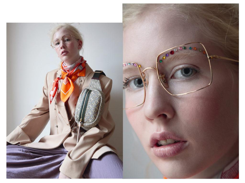 Veste Nina Ricci ; foulard Hermès et sac ceinture Tory Burch ; sautoir «  Jeux de liens » ; sautoir «  Jeux de Liens » ; sautoir « Liens Séduction » Chaumet ; lunettes Ray ban.